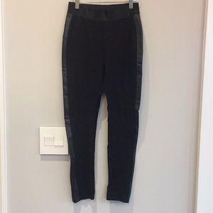 NWOT Bebe black tuxedo leggings - Small